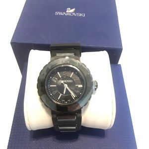 Accessories - NWT Swarovski watch